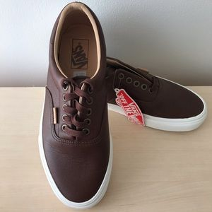VANS Off The Wall Lace Up Textured Brown  Size 9